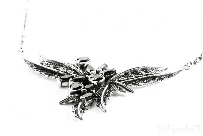 Damen Gothic Collier  ~ KALIA ~ h: 4.2 cm - Steam Punk Design - Zarte Blätter - Schwarzer Kristall - Silber - Windalf.de