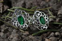 Keltische Ohrringe ~ HARMONY ~ Grüner Kristall - Silber - Windalf.de