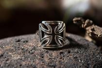 Ring ~ EISERNES KREUZ ~ Schwarzes Tatzenkreuz - Silber - Windalf.de