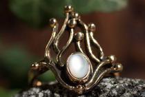 Zarter Damen Ring ~ NÎKA ~ 1.8 cm - Flammenzauber - Perlmutt - Bronze - Windalf.de