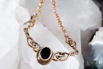 Mediaval Vintage Collier ~ AINY ~ Keltische Knoten - Gothic Design mit Onyx - Bronze - Windalf.de