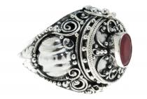 Mittelalter Giftring ~ ARONA ~ h: 1.9 cm - Echter Granat - Handarbeit aus Silber - Windalf.de