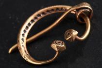 Mittelalter Fibel ~ AURA ~ 3.7 cm - Dänische Wikinger Brosche - Vintage Bronze - Windalf.de