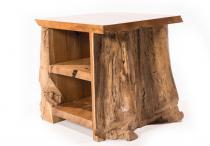 Hobbit Nachttisch ~ ROMY ~ h: 52 cm - Beistelltisch - Handarbeit aus Holz - Windalf.de