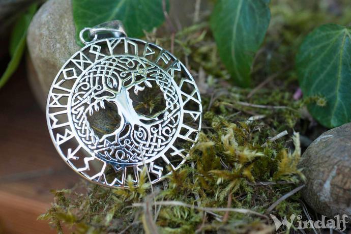 Schmuck Anhänger ~ BARUNA ~ Ø 3 cm - Baum des Lebens - mit Runen - Silber - Windalf.de