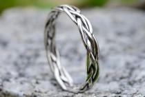 Schmaler Mittelalter-Damenring ~ SKALA ~ 0.3 cm - Damenring mit Zopfmuster - Midi-Ring - Handarbeit aus Silber - Windalf.de