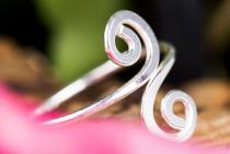 Celtic Spirals Zehenring ~ SPIRALA ~ 1.4 cm - Bohemia Midi-Ring - Vintage Silber - Windalf.de