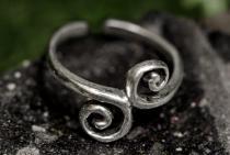 Zehenring ~ SPIRITH ~ h: 1 cm - Lebens Spirale - Middi Ring - Antik Silber - Windalf.de