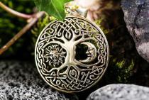 Keltischer Anhänger ~ BARA ~ Ø 3 cm - Baum mit Sonne & Mond - Bronze - Windalf.de
